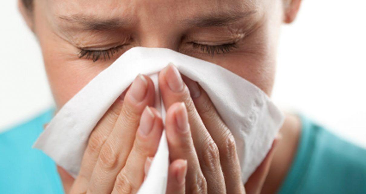 Быстрое лечение насморка у ребенка и взрослых при ОРВИ. Как вылечить насморк народными средствами