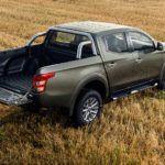 Защита кузова пикапа Mitsubishi L200. Как самому сделать простую и дешевую защиту