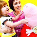 Маша Капуки Кануки иБьянка— Готовим вместе СУП СБУКВАМИ— Интересные рецепты для детей