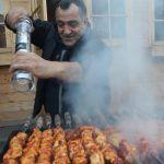 Новый рецепт сочного шашлыка от Жоржа на мангале