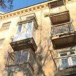 «Опасная зона»: в Волгограде жильцы двух домов обеспокоены переносом капитального ремонта