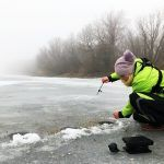 РЕАЛЬНАЯ АТАКА РЫБЫ! Рыбалка зимой в ТУМАНЕ 2019