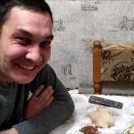 Салат на Новый год.Ремонт в прихожей))Украсила дом.