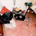 УЖАСНО ГРЯЗНАЯ квартира под ремонт в Аликанте, 20 лет не убиралась, лифт, 2 комнаты, Каролинас