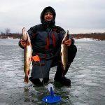 Я просто ПЕРЕСТАВИЛ туда жерлицы и ПОНЕСЛОСЬ! Зимняя рыбалка (окунь, щука)