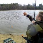 VLOG: На рыбалке с женой❤ Рыбалка при сильном ветре на фидер. Ловля мирной рыбы. Съёмка с GoPro.